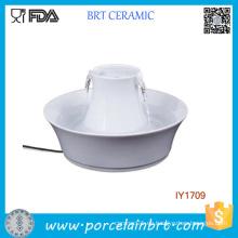 Cuenco de cerámica corriente de agua Llene accesorios de mascota de agua