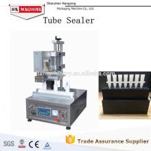Máquina para sellar y cortar los tubos cosméticos / precio plástico ultrasónico de la soldadora de tubo