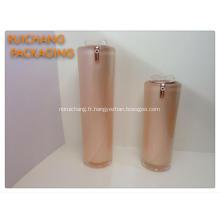 Flacons de crème cosmétique acryliques