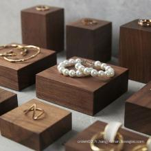 Présentoir carré en bois massif de rangement pour bijoux