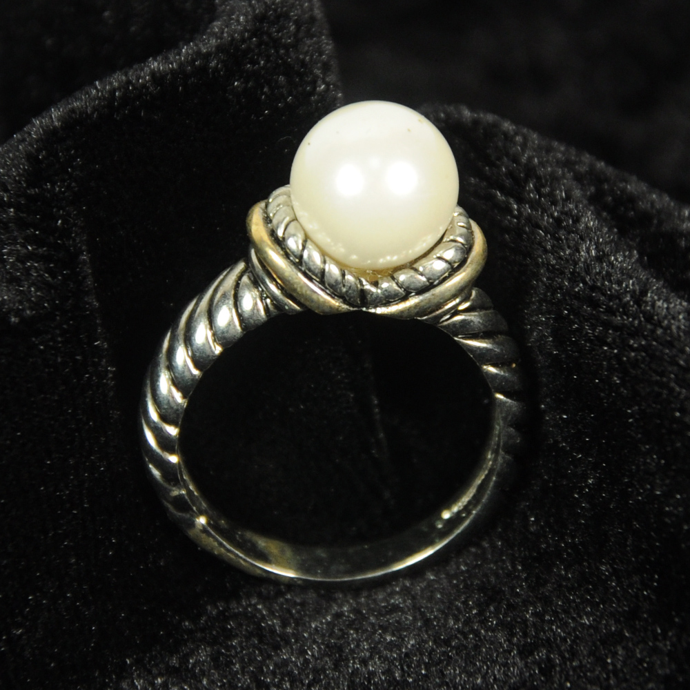 Unique Ivory Pearl Rings