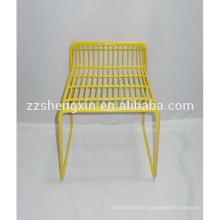 Chaise simple en métal à vendre