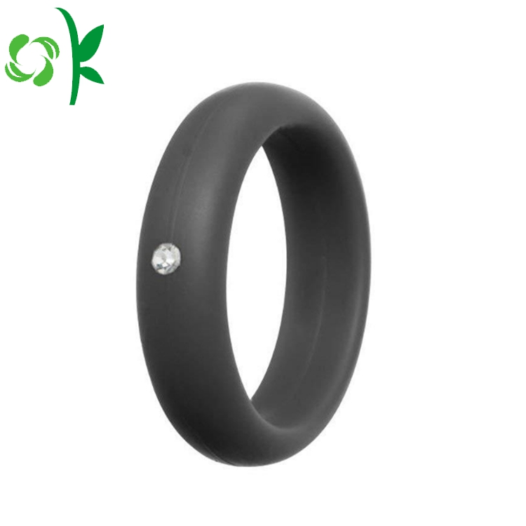 deep grey silicone ring with daimond