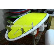 2015 nueva aleta de la tabla de surf de la fibra de vidrio del panal del estilo / aletas baratas de la tabla hawaiana