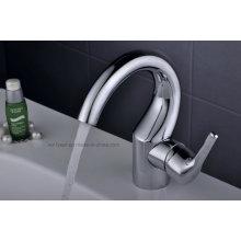 Lavabo de latón de la manera mezclador del agua de la manija sola (Q3065)