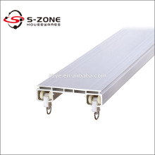 Double curtain rail ceiling