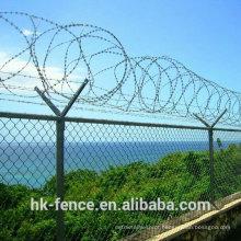 Elo da cadeia de cerca galvanizada com top arame farpado e malha de arame de diamante para o aeroporto ou fronteira arquivado cerca
