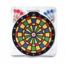 Safety Plastic Magnetic Dart Board, Soft, Measures Ø45.5cm, Clam Shell Packing