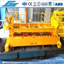 Epandeur à conteneur télescopique rotatif hydraulique