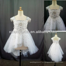 Mangas com mangas com molho de mão e vestido de florista de diamantes