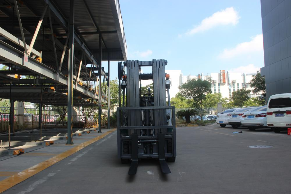 Forklift For America Market