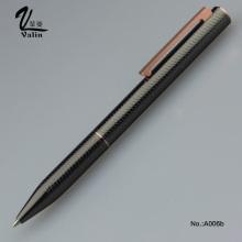 Открытая металлическая ручка