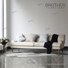 De volta alto adornado confortável sofá cama sofá sofá da sala de estar