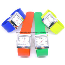 Hot Sale Slap banda silicona reloj con movimiento de Japón