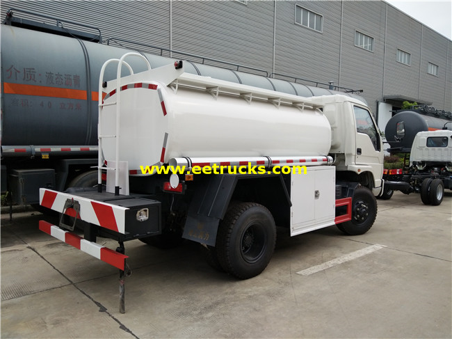 Dongfeng 5 CBM Oil Tank Trucks