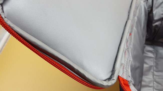 DETAILS insulated bag
