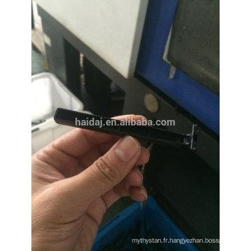 Machine de moulage par injection de rasoir