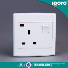Igoto British Standard 3 Pin 13 a Wall Switch and Socket with Neon