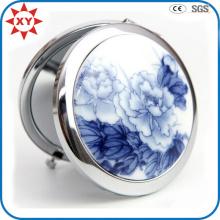 Сделано в Китае Бело-синее фарфоровое металлическое карманное зеркало