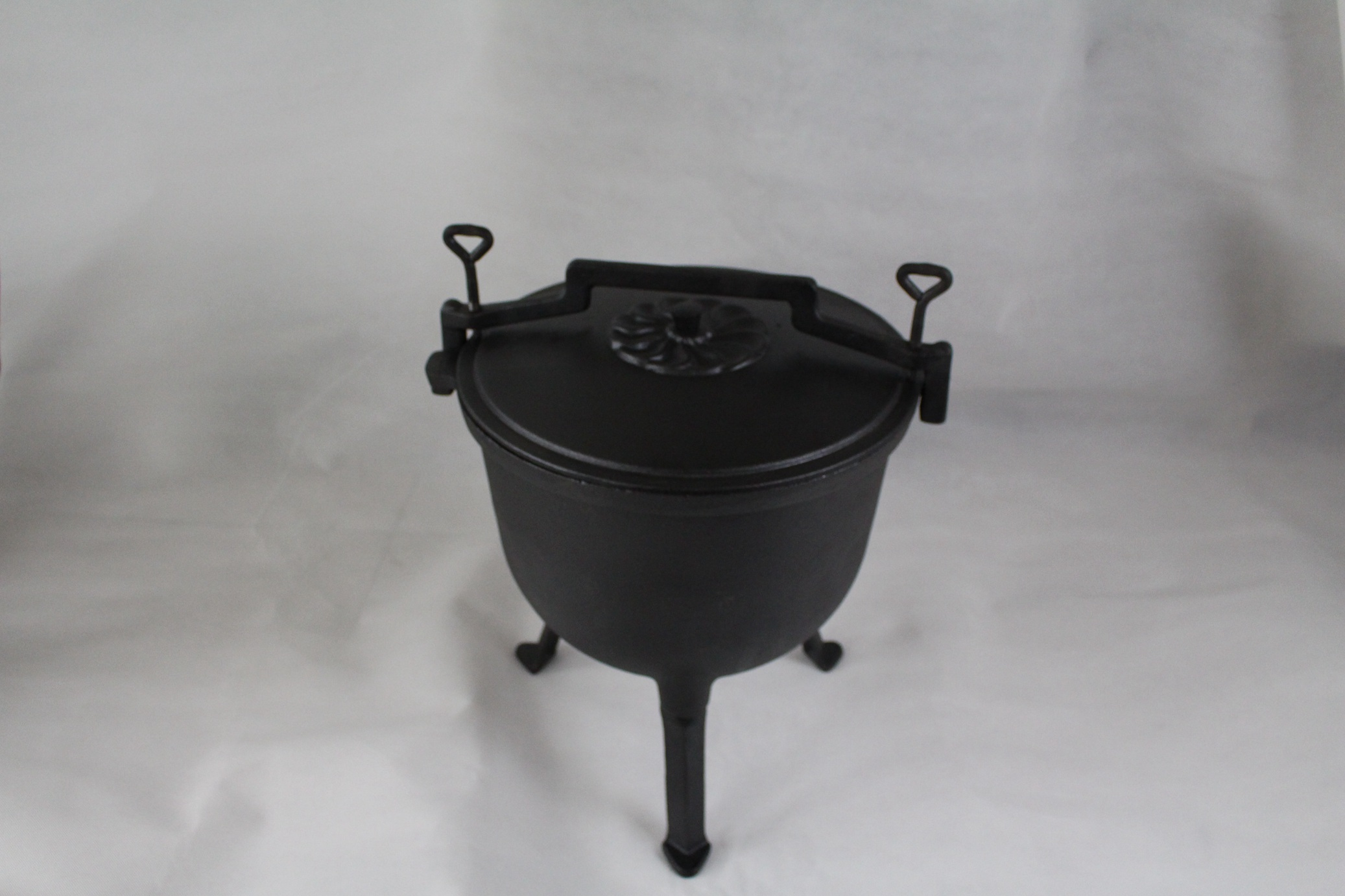 cast iron high pressure cookware