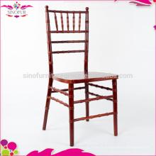 Chaises en bois bon marché
