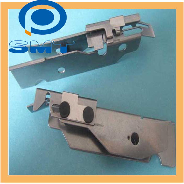 KW1-M1140-00X CL8X4 FEEDER TAPE GUIDE FEEDER CLAPING DEVICE