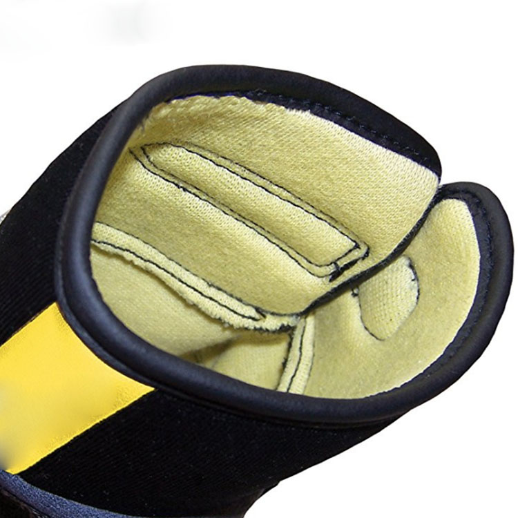 Gray Equipment Training Gloves