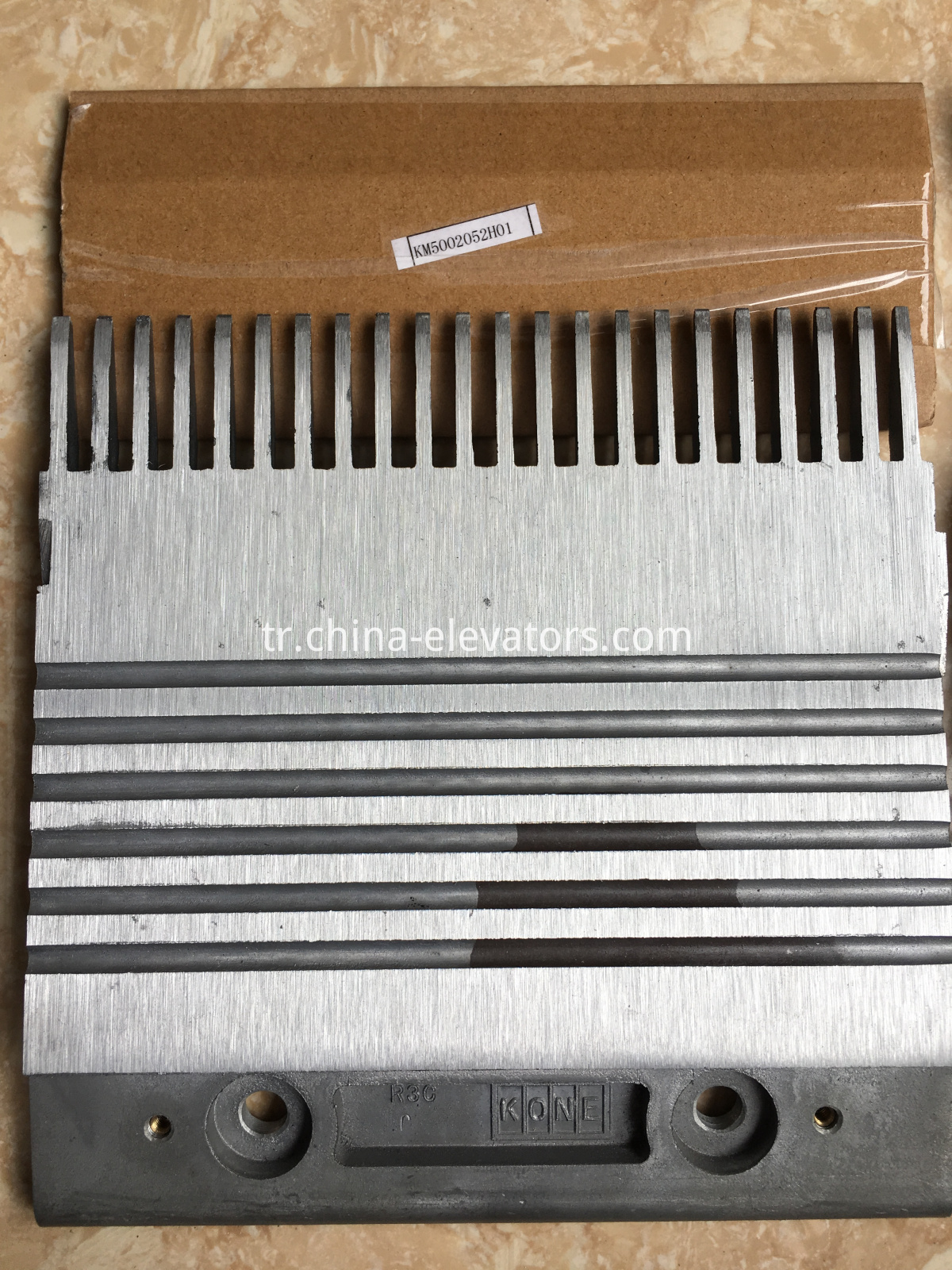 R3C Aluminium Alloy Combs for KONE Escalators, Center