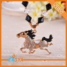 Unique Design Horse Shape Pendant Necklaces As Gifts For Women