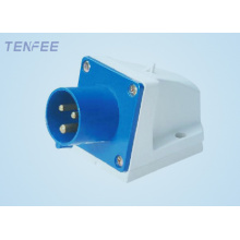 Industrial Wall Mounted Plug 2P+E 16A 220-240V