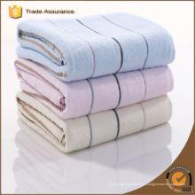 Fábrica de listras macias Jacquard algodão toalha de ginástica personalizado com logotipo