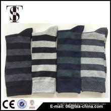 Kundenspezifische klassische Streifenjacquard-Baumwollsocken, Mannsocken für Großverkauf, Mens-Socken Qualität Qualitäts-Wahl Am populärsten