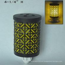 Enchufe de metal eléctrico en el calentador de luz nocturna - 15CE00888