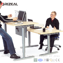 Face to face two desktop four legs adjustable height electrical standing computer desk/table