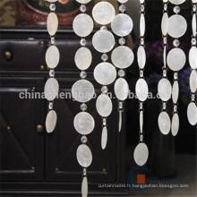 La fenêtre de couloir a utilisé le rideau perlé avec coquillage