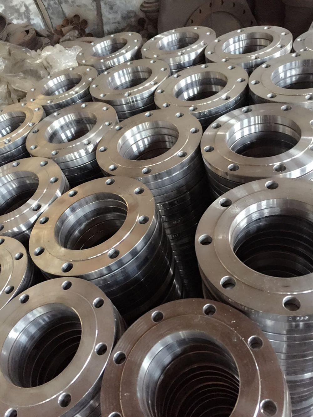 China customized carbon steel forged pipe flanges with