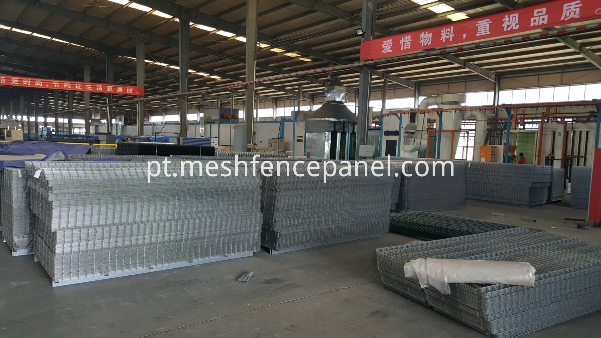 producing welded wire mesh
