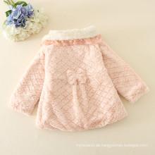 Größen kundengebundene Einzelteile für Kinder preiswerter Preis Winterkleider Soem für Kinderkleidungjacken / -mäntel dooted mit den Hüten Rosa