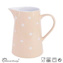 Розовый стеклопакет с белой точкой кувшин