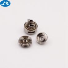 CNC que hace girar los accesorios de acero del atomizador del e-cigarrillo de acero