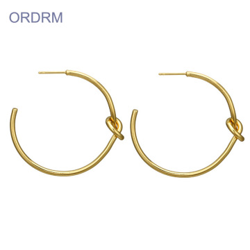 Kvinnor Simple Love Knot Big Gold Hoop Earrings