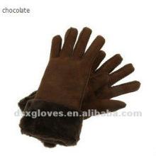 Перчатки из овчины с шоколадной глазурью