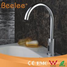Robinet de bassin de capteur de robinet d'eau de salle de bains