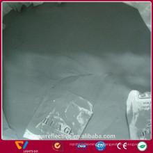 Poudre grise de microsphères réfléchissantes de haute réfraction qui respecte l'environnement