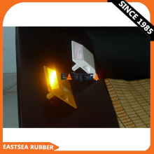 Niedriger Preis für weiße / gelbe 43Beads-Kunststoffreflektoren
