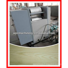 Machine à gaufrage thermoplastique en bois