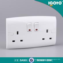Tomada Soquete Igoto EL13-N Duplo 13A Interruptor