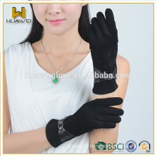 Girl's black colored leather suede gloves
