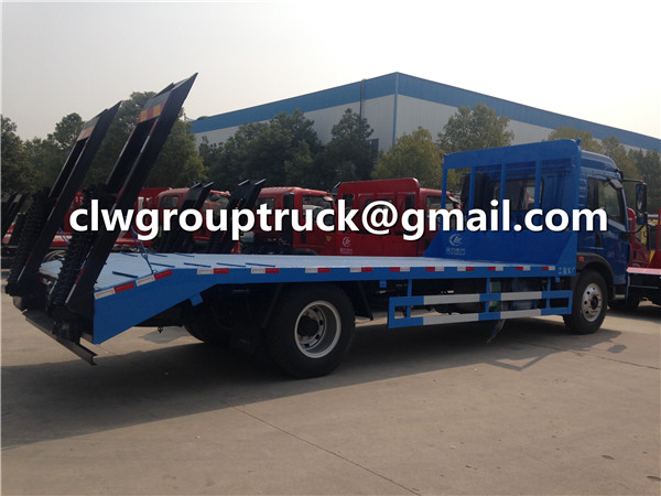Flatbed Tow Lorry Truck
