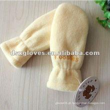 Mitenes polares do bebê com punho